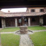 Padua-Kreuzgang-Brunnen